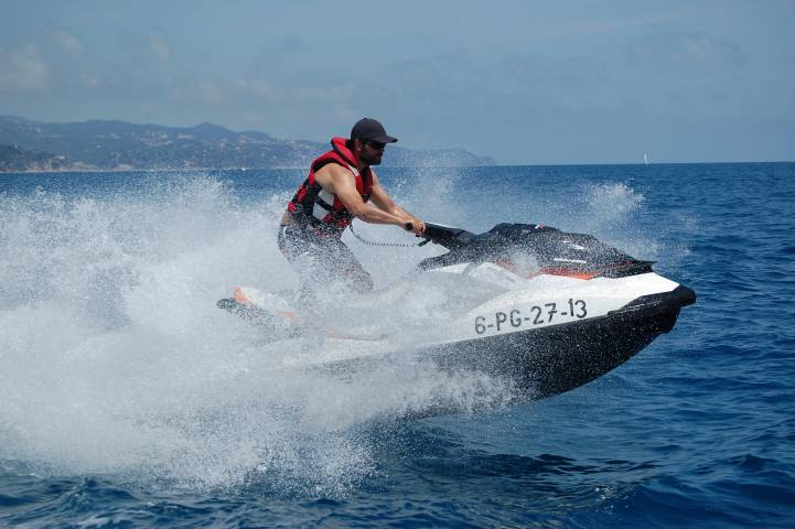 Jet Ski Booking in Lloret de Mar